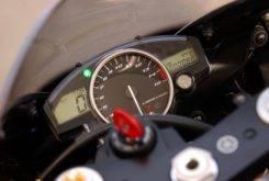 Yamaha YZF R1 2004 11