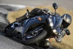 Yamaha YZF R1 2006 09