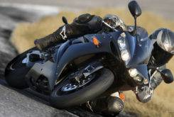 Yamaha YZF R1 2007 17