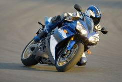 Yamaha YZF R1 2008 01