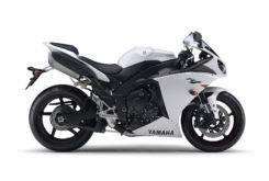 Yamaha YZF R1 2011 03