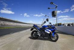 Yamaha YZF R1 2011 14