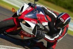 Yamaha YZF R1 2012 43