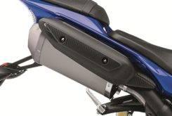 Yamaha YZF R1 2012 47