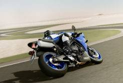 Yamaha YZF R1 2013 16