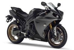 Yamaha YZF R1 2014 03