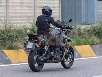 Moto Guzzi V85 bikeleaks espia 02