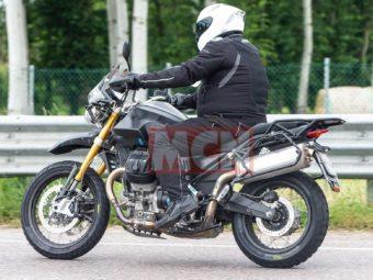 Moto Guzzi V85 bikeleaks espia 03