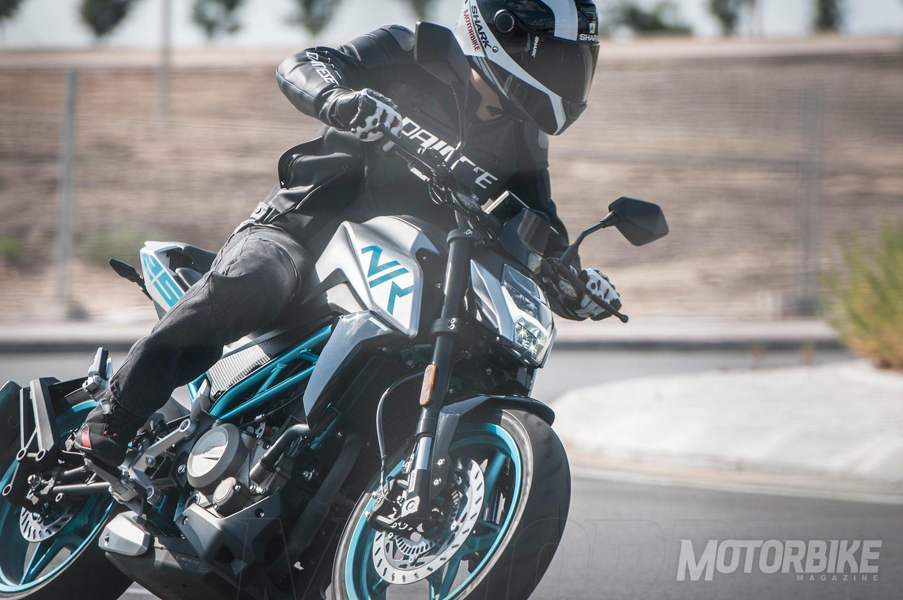 Prueba CF Moto NK 250: noviciado - Fórmulamoto