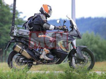 KTM 1090 Adventure BikeLeaks 04