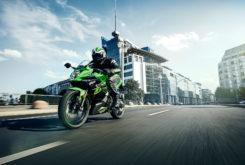 Kawasaki Ninja 125 2019 08