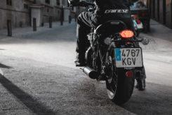 Prueba Triumph Bobber Black 9