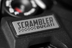 Ducati Scrambler Cafe Racer 2019 32