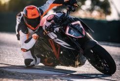 KTM 1290 Super Duke R 2019 10