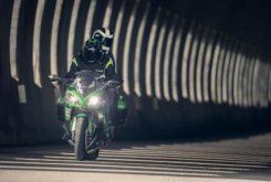 Kawasaki Z1000SX 2019 08