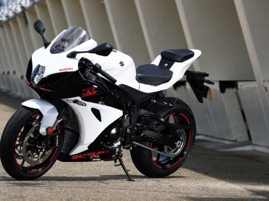 25 mejores imágenes de Suzuki Gsx R 1000 | Motos, Motos