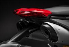 Ducati Hypermotard 950 2019 08