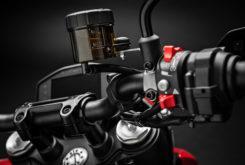 Ducati Hypermotard 950 2019 26