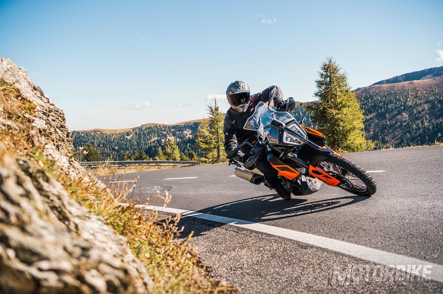 Ktm 2019 En El Sal 243 N De Mil 225 N Eicma 2018 Motorbike Magazine
