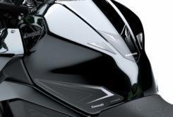 Kawasaki Z400 2019 24