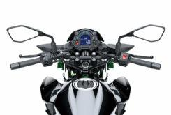 Kawasaki Z400 2019 28
