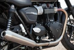 Triumph Street Twin 2019 detalle escape 1