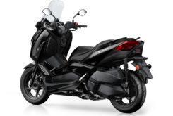 Yamaha XMax 300 Iron Max Estudio 3