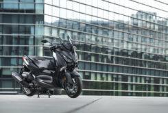Yamaha XMax 400 Iron Max 2019 27