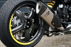 Honda CB1000R adical Cafe Racer Preparacion Fuhrer Moto dunlop slick