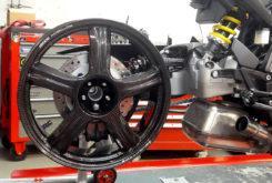 Honda CB1000R adical Cafe Racer Preparacion Fuhrer Moto Gannet Design llanta carbono