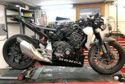 Honda CB1000R adical Cafe Racer Preparacion Fuhrer Moto Gannet Design stand