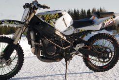 Suzuki GSX R 1000 nieve