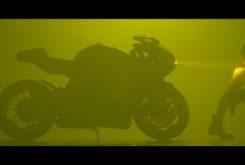 MV Agusta Superveloce 800 Serie Oro teaser erotico 05