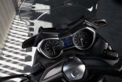 Yamaha XMAX 300 Iron Max 2019 pruebaMBK014