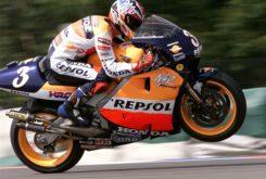 Alex Criville titulo 500cc 1999 (35)