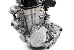 KTM 450 EXC F 2020 motor (2)