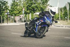 Kawasaki Ninja 125 vs Suzuki GSX R 125 (5)