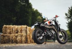 Yamaha XSR700 Sur Les Chapeaux De Roues 03