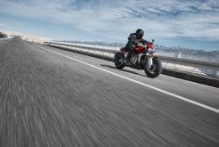 Triumph Rocket 3 R 2020 01