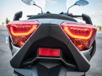 Yamaha Xmax 300 Honda Forza 300 201973