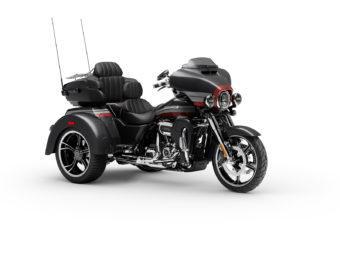 Harley Davidson CVO Tri Glide 2020 01