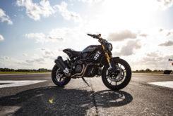 Indian FTR 1200 S record wheelie 2019 09