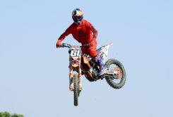 Answer 2020 motocross MX2 equipacion Jorge Prado