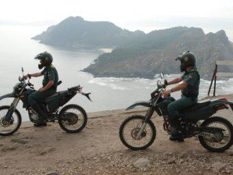 Guardia Civil Seprona motos Bridgestone