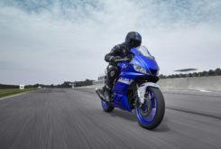 Yamaha YZF R3 2020 01