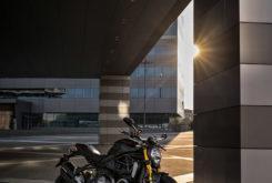 Ducati Monster 1200 S 2020 29