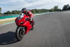 Ducati Panigale V2 2020 40