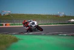 Ducati Panigale V2 2020 White Rosso (32)