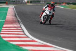 Ducati Panigale V2 2020 White Rosso (42)