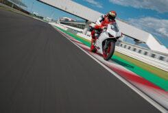 Ducati Panigale V2 2020 White Rosso (55)